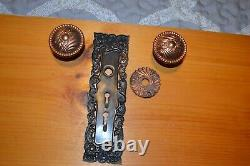 Antique Vintage Aesthetic 1 Set Of Brass Door Knobs And Face Plate, And Rosette
