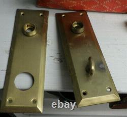 Vintage Yale Brass Door Hardware Lock Plate Knob Set
